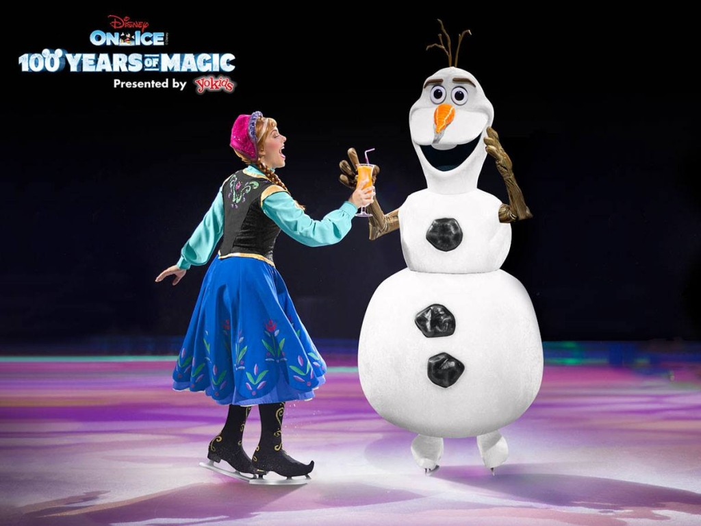 A magical family reunion disney on ice 100 years of - Olaf and anna ...
