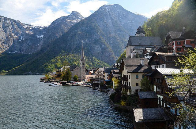 Villiages-in-europe-Hallstat