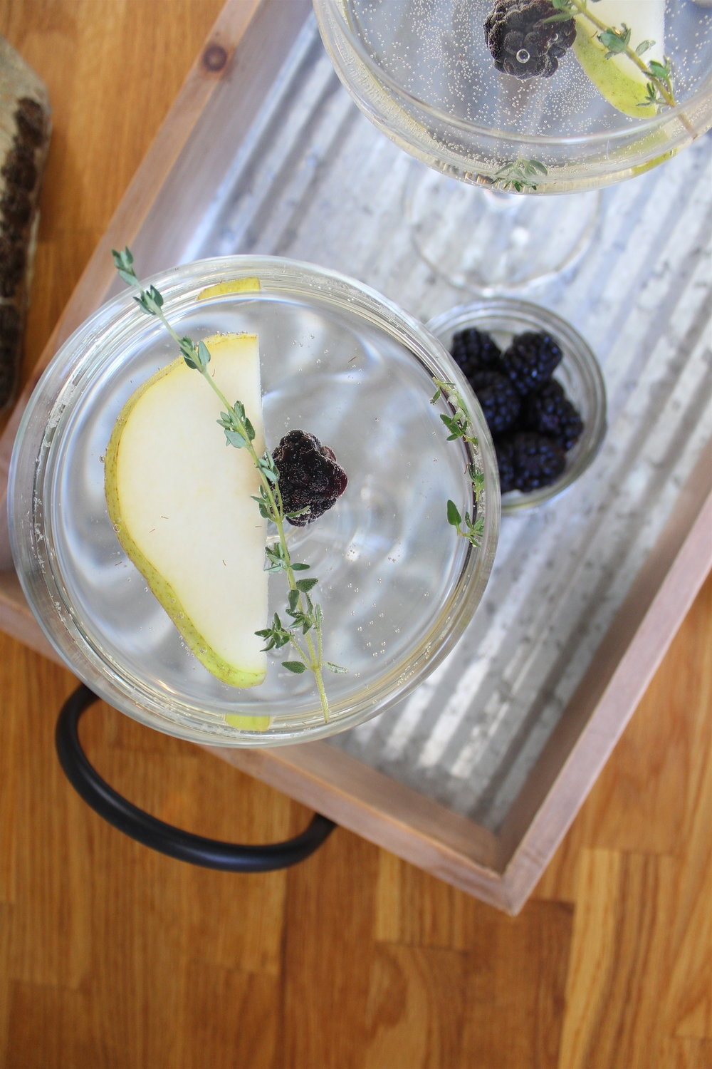 Pear+Thyme+Cocktail+10-min